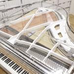 新品ピアノ グランドギャラリー(GP-168 CRYSTAL) コンパクトサイズのクリスタルピアノ