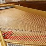 中古ピアノ スタインウェイ&サンズ(STEINWAY&SONS M170) 貴重な銘木「マカッサル・エボニー」を使用した美しい1台