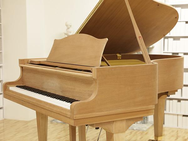 中古ピアノ DIAPASON(ディアパソン)170A カスタム 好みの色に塗装します♪
