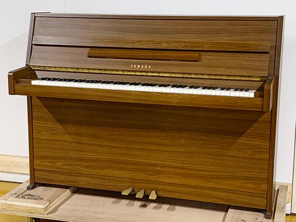 【売約済】特選中古ピアノ YAMAHA(ヤマハ)MC108C / アウトレットピアノ お買得♪置き場を選ばないコンパクトピアノ