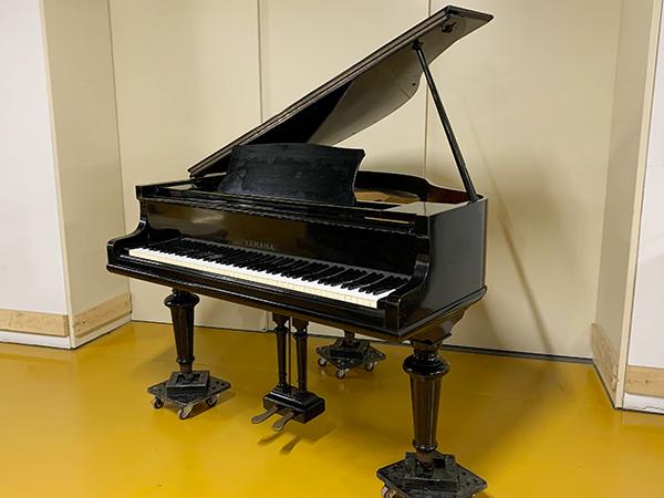 【売約済】特選中古ピアノ YAMAHA(ヤマハ) G1 希少!「超」小型グランドピアノ 限定1台オリジナル(現状)販売!
